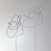 geisha-lor-femme-laure-simoneau-sculpture-fil-de-fer-wire-art-artwork-paris-oneline-atelierlor-esthetique-geisha-fildeferiste-shadow