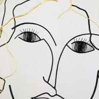 l-inncence-3-sculpture-lor-laure-simoneau-portrait-femme-or-fil-de-fer-wire-gold-ombre-poesie