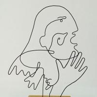 La-promesse-serie-guernica-picasso-laure-simoneau-lor-sculpture-fil-de-fer-wire-art-sculpture-artiste-espagne-guerre-paix