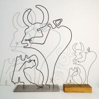 Le-tareau-3-serie-guernica-picasso-laure-simoneau-lor-sculpture-fil-de-fer-wire-art-sculpture-artiste-espagne-guerre-paix